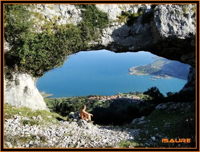 Ascensión nudista al monte Candina 498m. 172