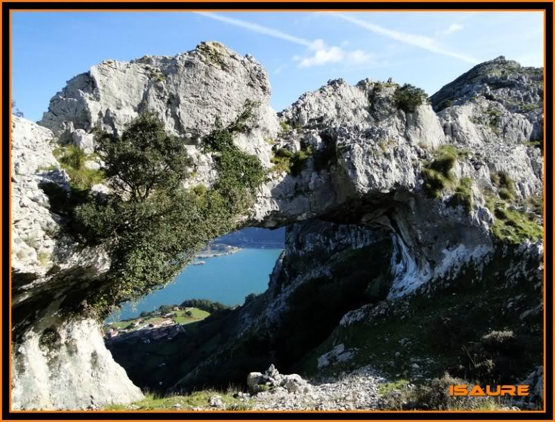 Ascensión nudista al monte Candina 498m. 173