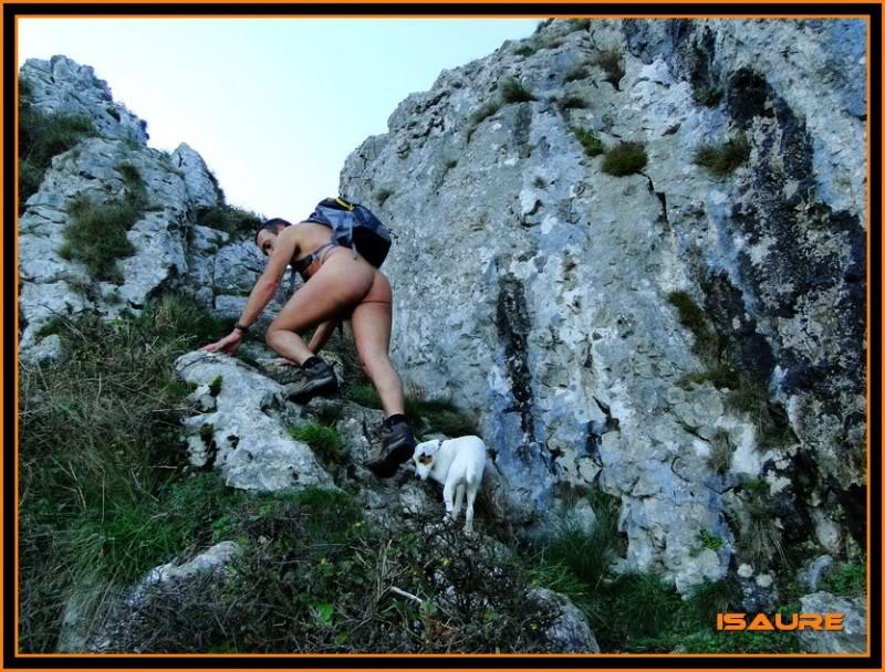 Ascensión nudista al monte Candina 498m. 42