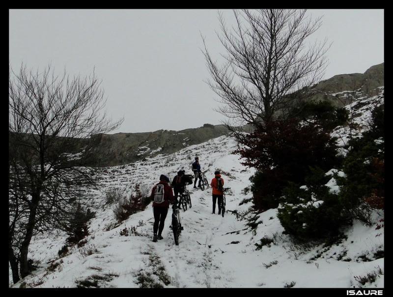 Recuenco 1.240m. (Parque Natural de Valderejo) DSC06771