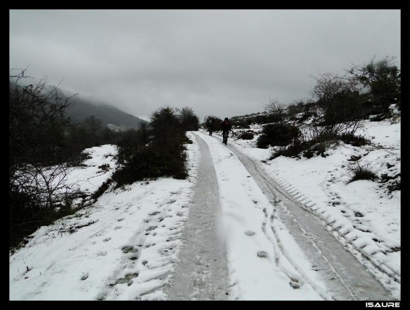 Recuenco 1.240m. (Parque Natural de Valderejo) DSC06876