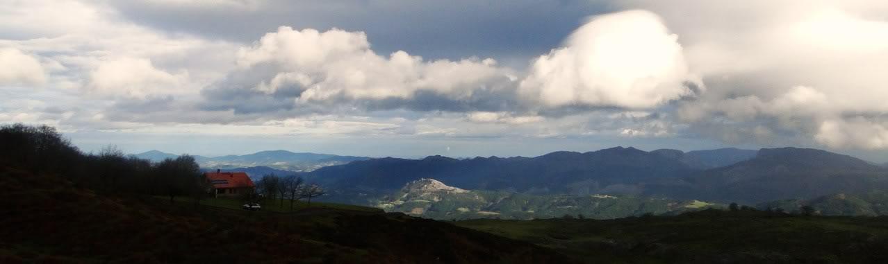 Ascensión al Gorbea 1.481m. y Aldamin 1.375m. desde Saldropo GORBEACONKEDUCC053-1