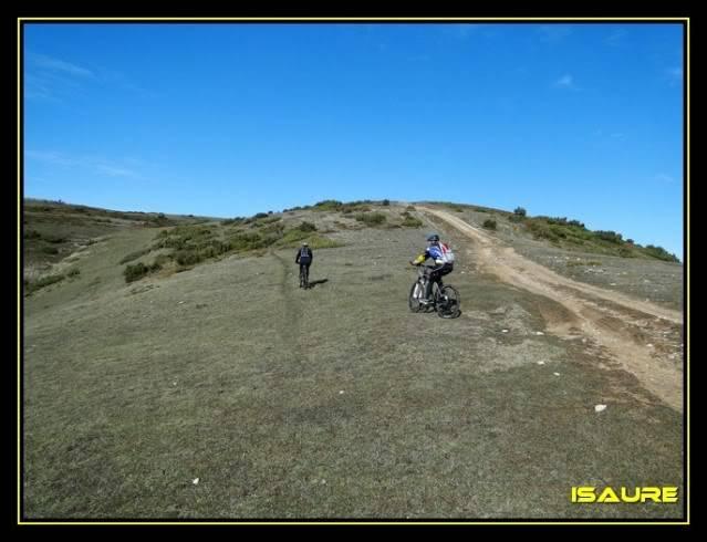 Vallegrull 1.226m (Parque Natural de Valderejo) DSC09072