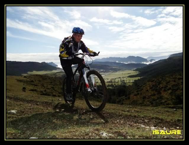 Vallegrull 1.226m (Parque Natural de Valderejo) DSC09076