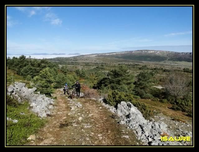 Vallegrull 1.226m (Parque Natural de Valderejo) DSC09095