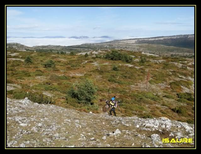 Vallegrull 1.226m (Parque Natural de Valderejo) DSC09098