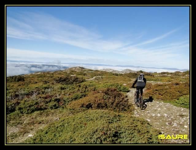 Vallegrull 1.226m (Parque Natural de Valderejo) DSC09115