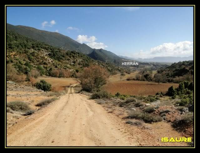 Vallegrull 1.226m (Parque Natural de Valderejo) DSC09180