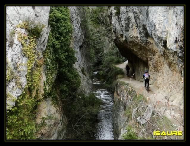 Vallegrull 1.226m (Parque Natural de Valderejo) DSC09200