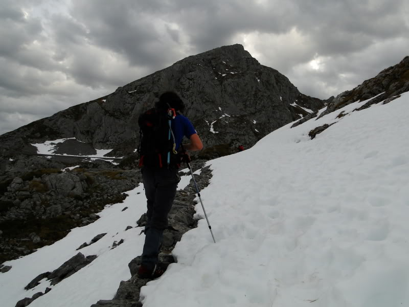 Pico Valdominguero 2.265m. desde Jito de Escarandi DSC07381