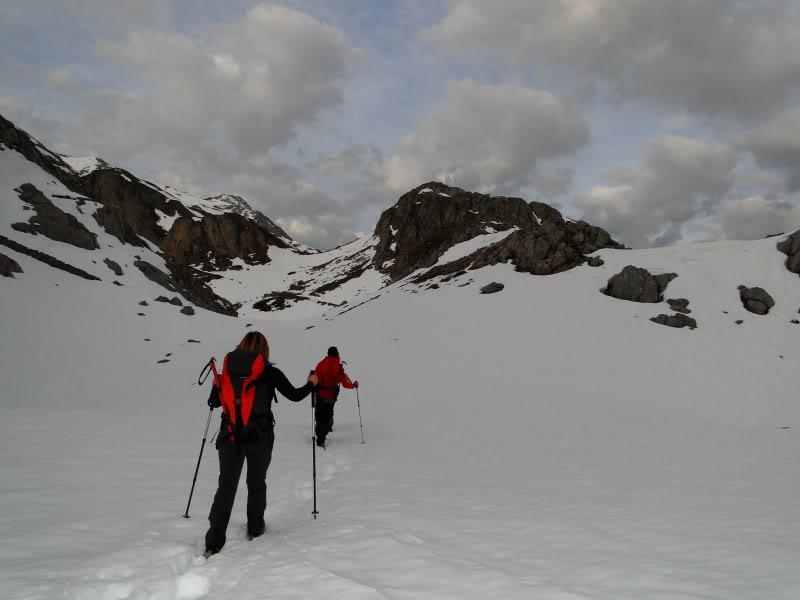 Pico Valdominguero 2.265m. desde Jito de Escarandi DSC07400