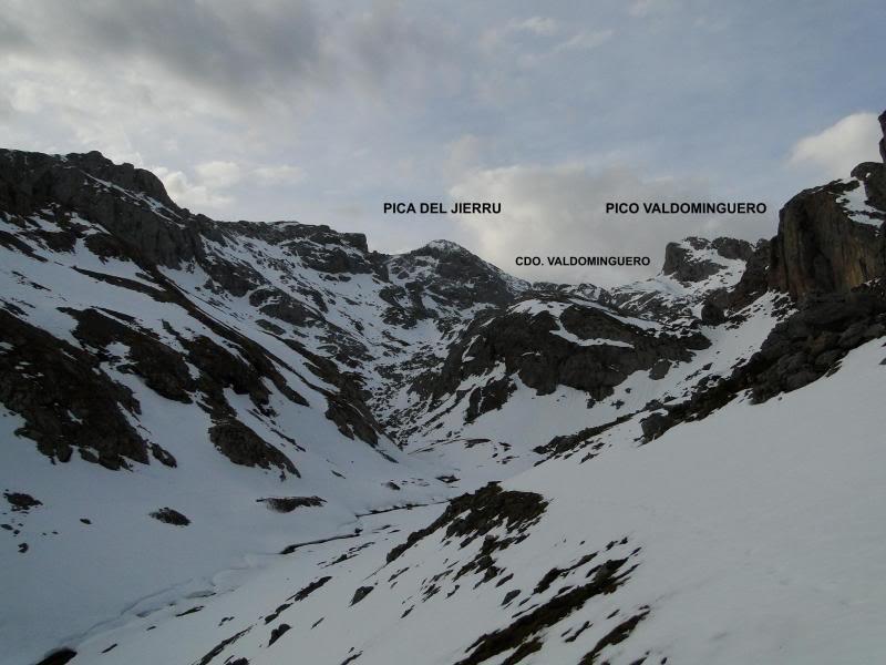 Pico Valdominguero 2.265m. desde Jito de Escarandi DSC07404