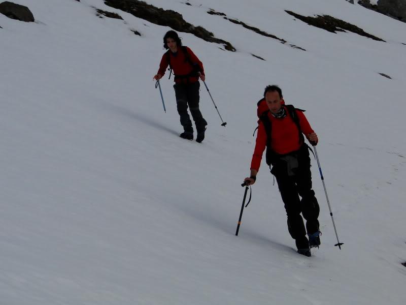 Pico Valdominguero 2.265m. desde Jito de Escarandi DSC07405