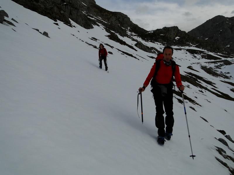 Pico Valdominguero 2.265m. desde Jito de Escarandi DSC07406