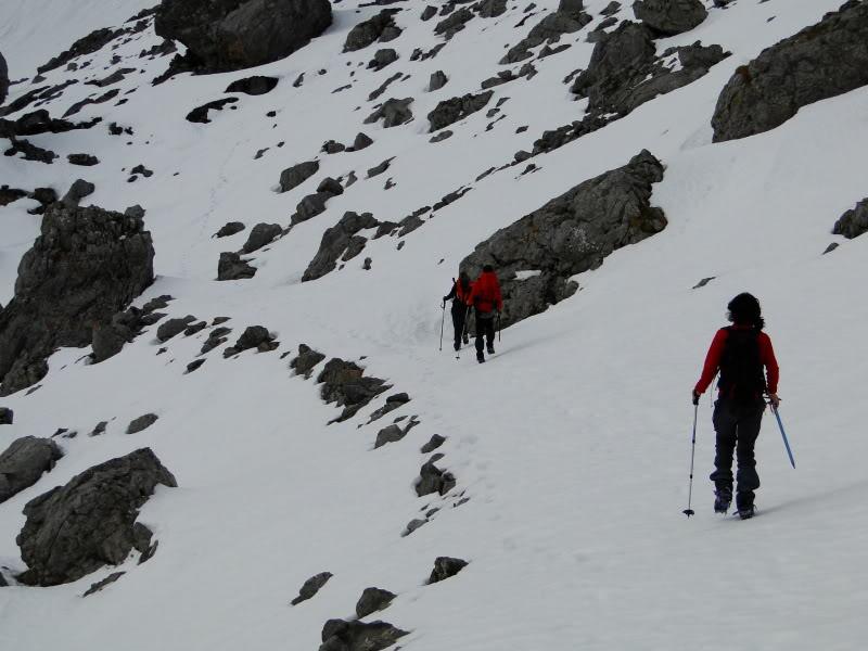 Pico Valdominguero 2.265m. desde Jito de Escarandi DSC07410