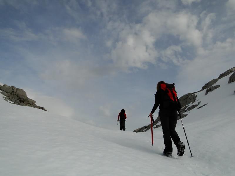 Pico Valdominguero 2.265m. desde Jito de Escarandi DSC07436