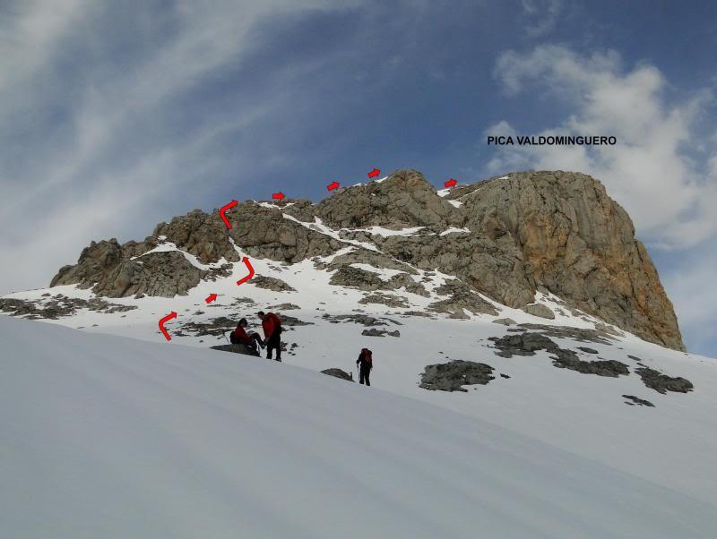 Pico Valdominguero 2.265m. desde Jito de Escarandi DSC07444