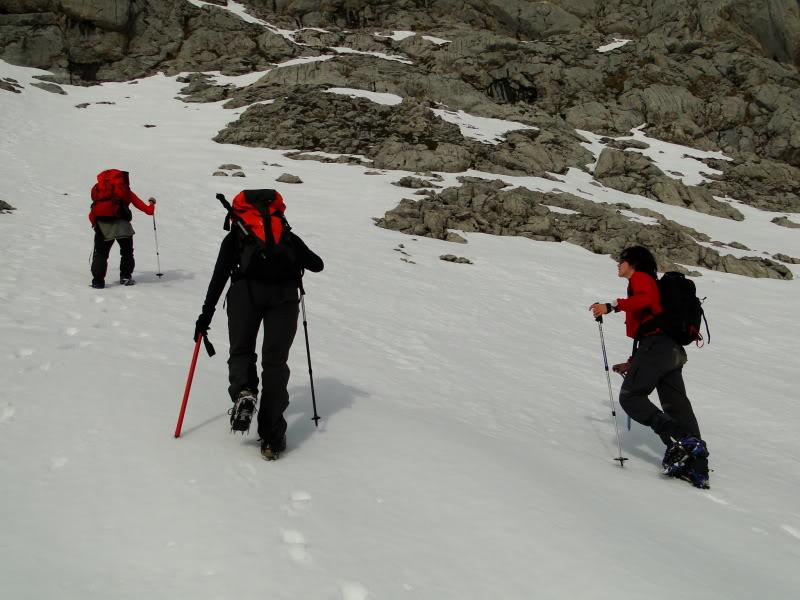 Pico Valdominguero 2.265m. desde Jito de Escarandi DSC07460