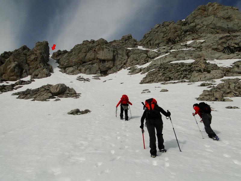 Pico Valdominguero 2.265m. desde Jito de Escarandi DSC07461