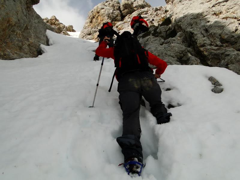 Pico Valdominguero 2.265m. desde Jito de Escarandi DSC07463