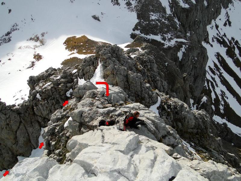 Pico Valdominguero 2.265m. desde Jito de Escarandi DSC07465