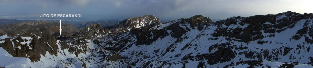 Pico Valdominguero 2.265m. desde Jito de Escarandi DSC07478-1