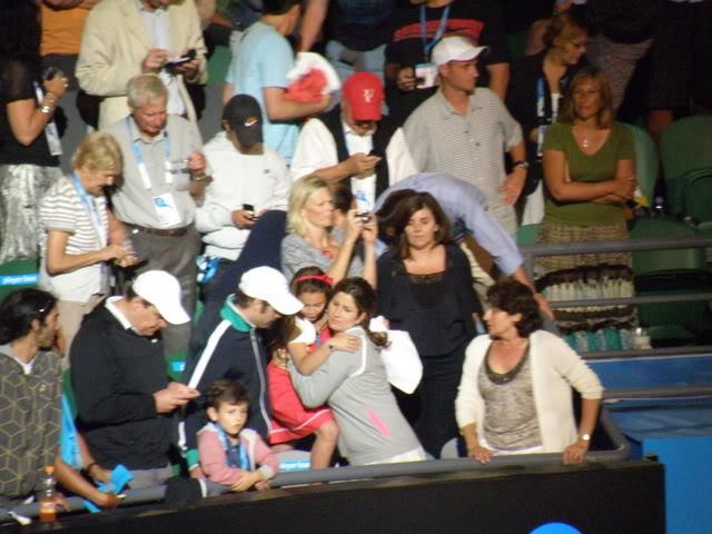 Familia de Roger Federer - Página 5 2010-01-31069