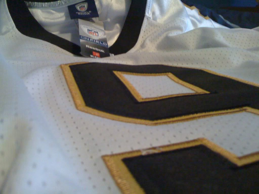 What to look for when buying your next Authentic jersey. IMG_0023