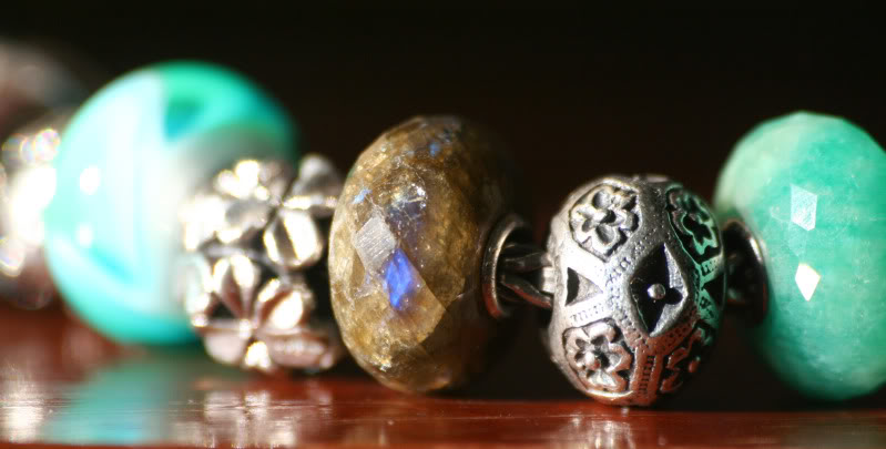 The most amazing production bead I own... please share yours too :) - Page 2 Lab