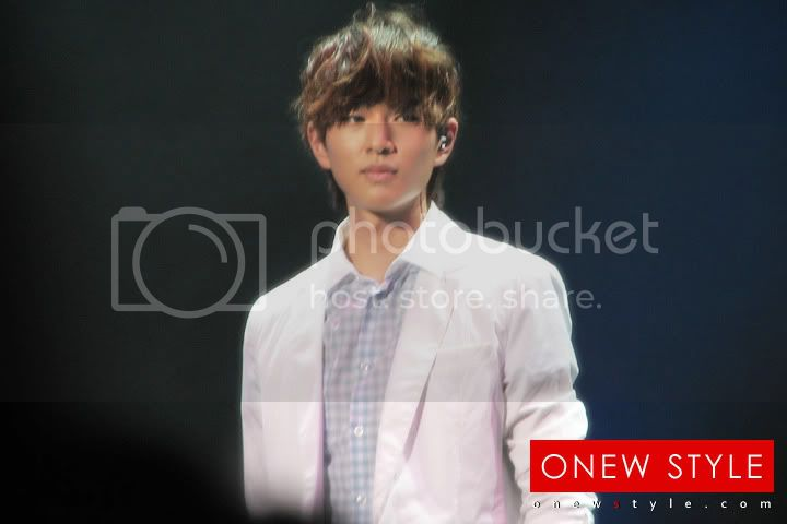 [Perf][09.08.10]1st Fanmeeting in Japan Untitled2