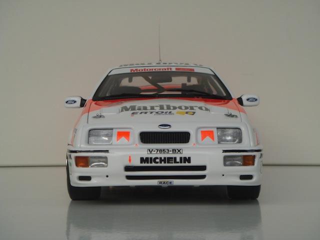 Ford Sierra Cosworth 1/18, 1988 Rally Portugal, #15 Carlos Sainz - Page 2 DSC08260