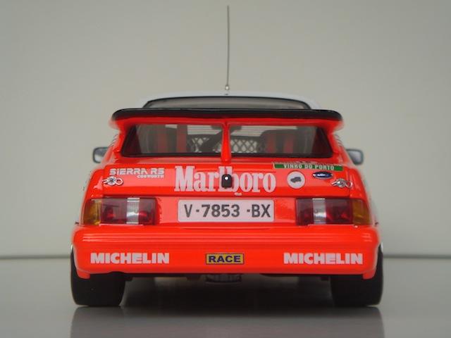 Ford Sierra Cosworth 1/18, 1988 Rally Portugal, #15 Carlos Sainz - Page 2 DSC08267