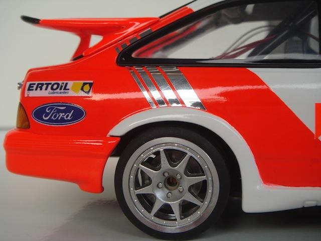 Ford Sierra Cosworth 1/18, 1988 Rally Portugal, #15 Carlos Sainz - Page 2 DSC08277
