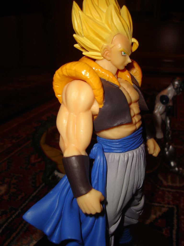[Collection] Les figurines de manga AIo Gogeta3