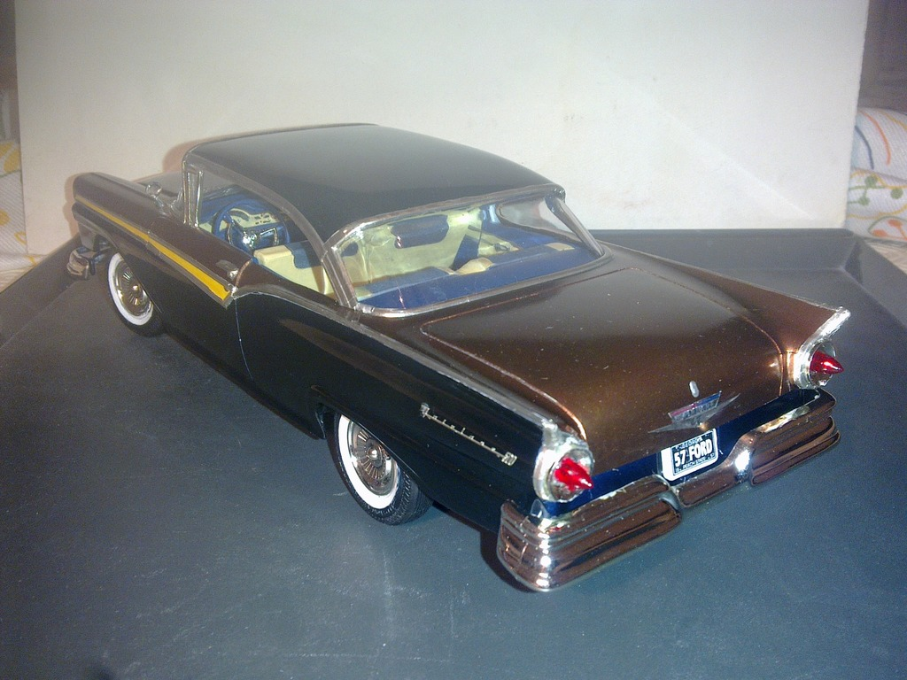 1957 Ford Fairlane 500 120420151203