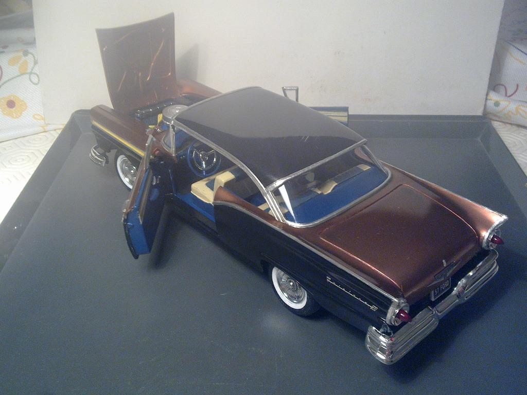 1957 Ford Fairlane 500 120420151204
