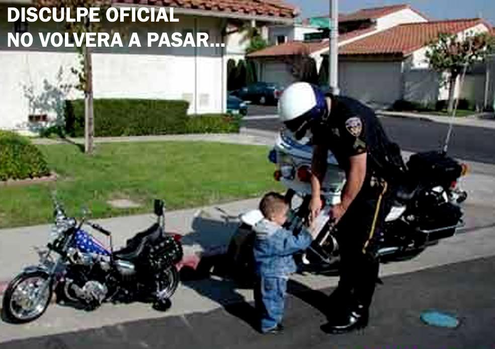PARA QUE SONRIAS UN POCO... Funny-pictures-no-one-escapes-the-law-b7t