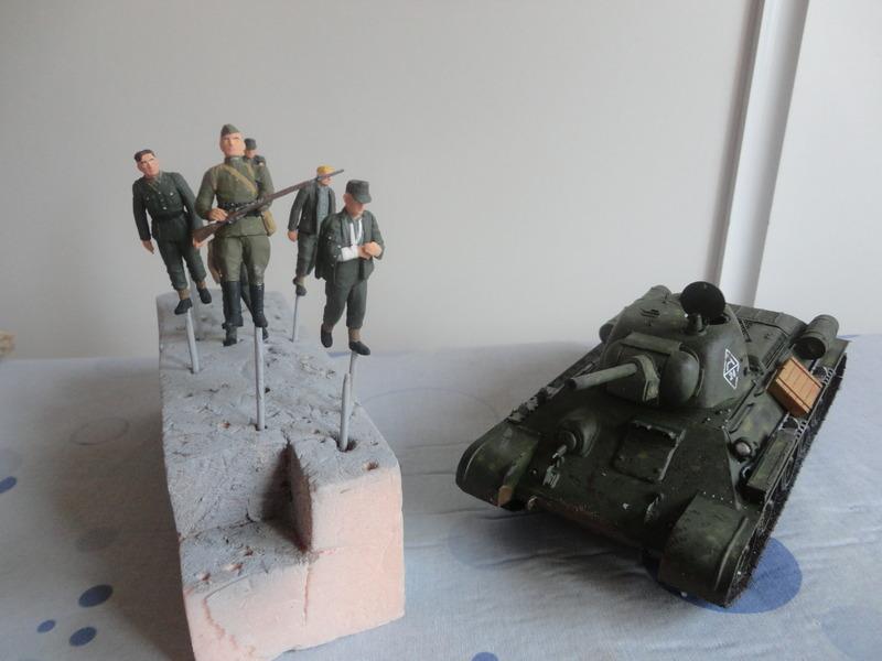 "Russian T34/76 Tank ""ChTZ"" Version 1943 Production (tamiya 1/35) DSC01647_zps79sssnp7"
