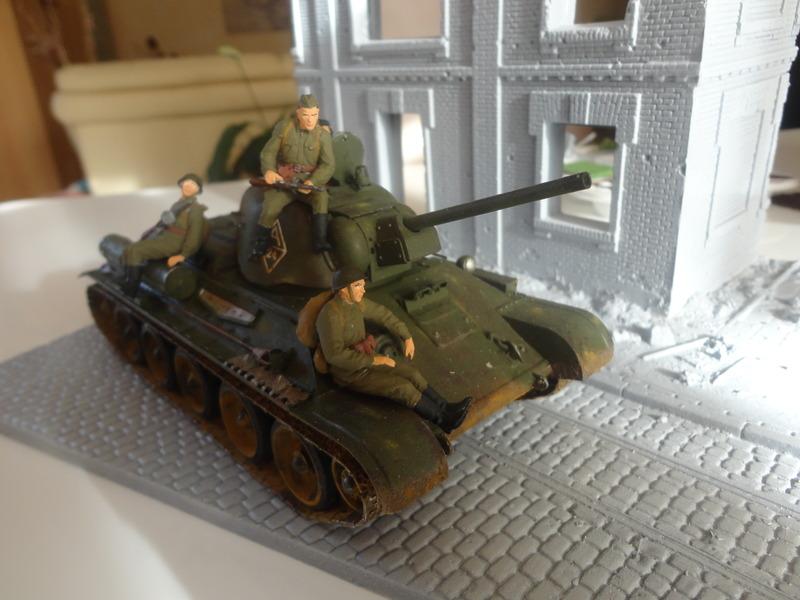 "Russian T34/76 Tank ""ChTZ"" Version 1943 Production (tamiya 1/35) DSC01655_zpsse2dj3yy"