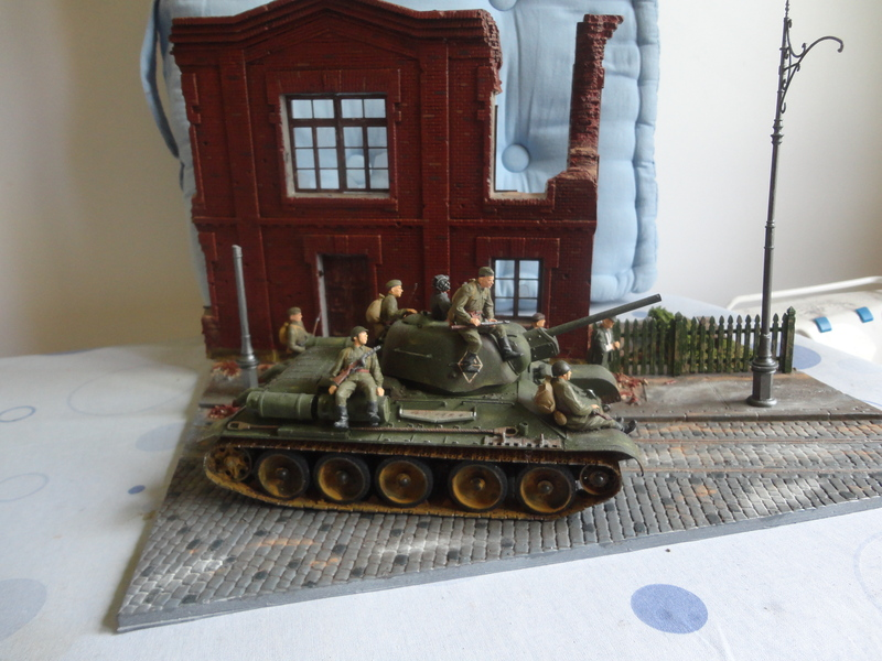 "Russian T34/76 Tank ""ChTZ"" Version 1943 Production (tamiya 1/35) DSC01658_zpsvyadvvcx"