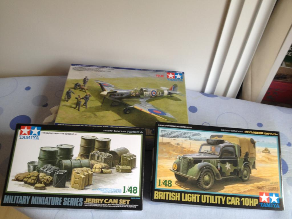 SPITFIRE TAMIYA / LIGHT TILLY TAMIYA 1/48 Photo2_zps88e0a9de