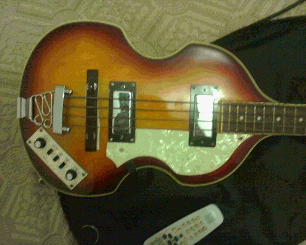 Ajuda para identificar um Viola Bass IMG0067A-1