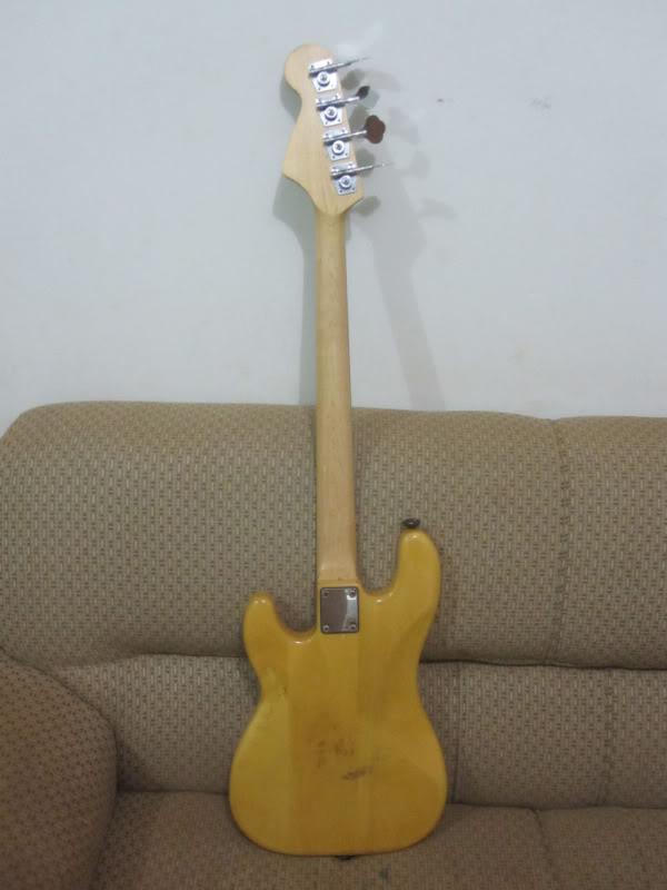 Seria o meu baixo um Tagima TP-4? Bass1