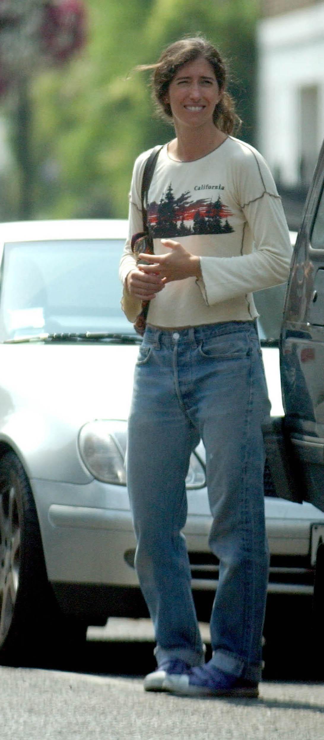 Bono, dressed up like a car crash? - Pagina 22 Morleighstandingjpg