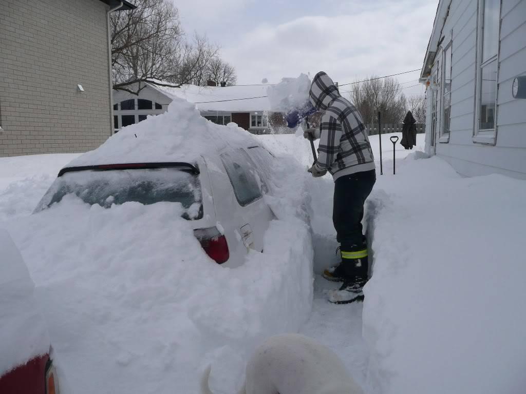SSSSNNNNOOOOOOOOOOOWWWWWWWWWWWWWW!!!!!!!!!!! Car_in_snow