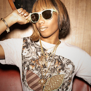 RECORDS ARE BETTER THAN PEOPLE, le blog - Page 3 Santigold_143