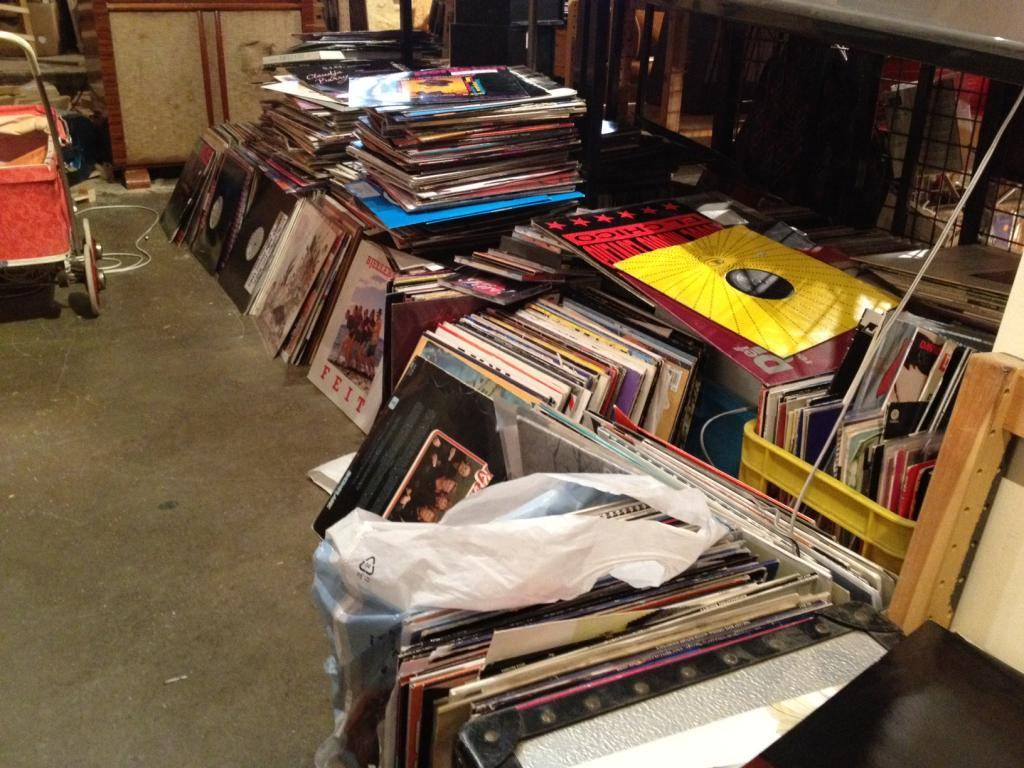 RECORDS ARE BETTER THAN PEOPLE, le blog - Page 3 Photo-2-3