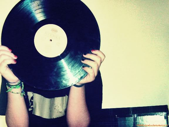 RECORDS ARE BETTER THAN PEOPLE, le blog Vinyl_head_by_infectCupcake