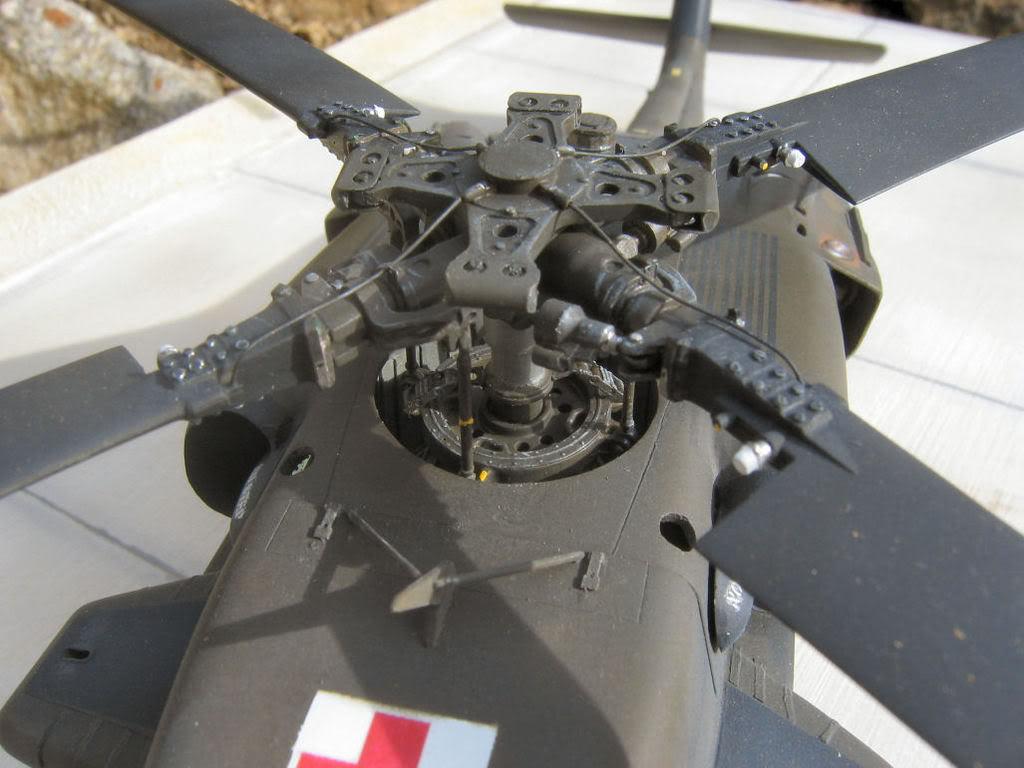 UH-60A Medevac Academy (Italeri) 1/35 1UH6163