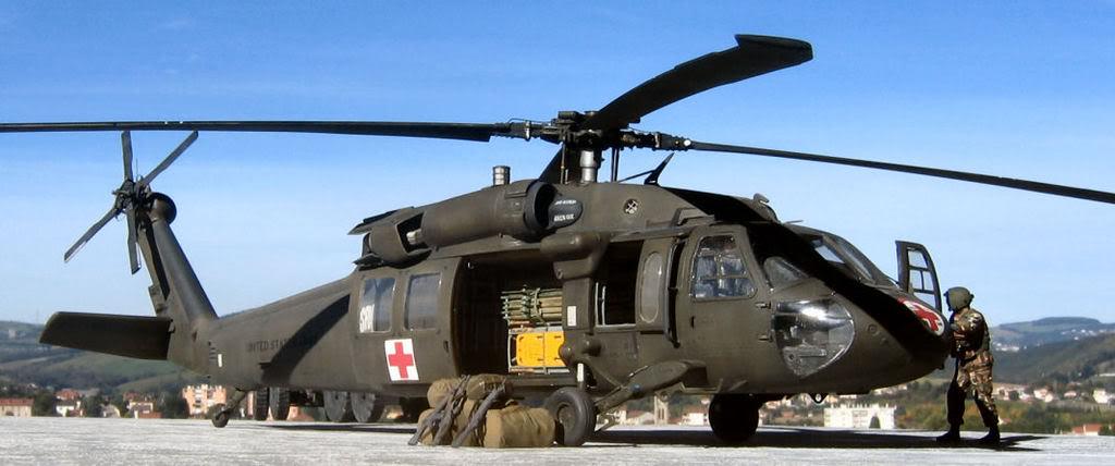 UH-60A Medevac Academy (Italeri) 1/35 1UH6186